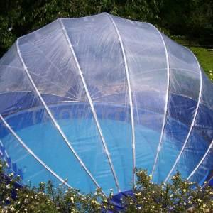 Zadaszenie na basen TROPIKO. Pokrycie basenu dla dłuższych kąpieli, ciepły basen i czysta woda jako azuro. Do naziemnych i zagłębionych okrągłych basenów ogrodowych.